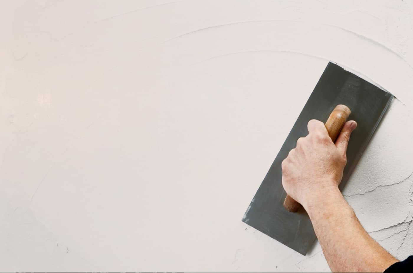 how to become a professional plasterer
